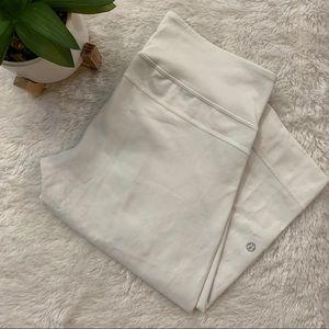 Lululemon wide leg cropped-pants size 6